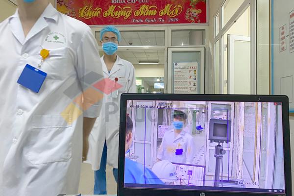 giải pháp camera thân nhiệt cầm tay tại bệnh viện